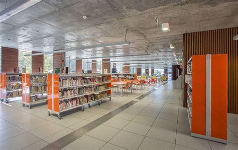 Biblioteca Central de Coslada (Madrid) - Metalundia