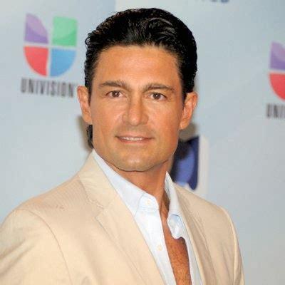 Biografía del actor mexicano Fernando Colunga [Fotos ...