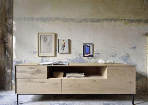 Bird TV: Mueble para TV Ethnicraft de madera con puertas y ...