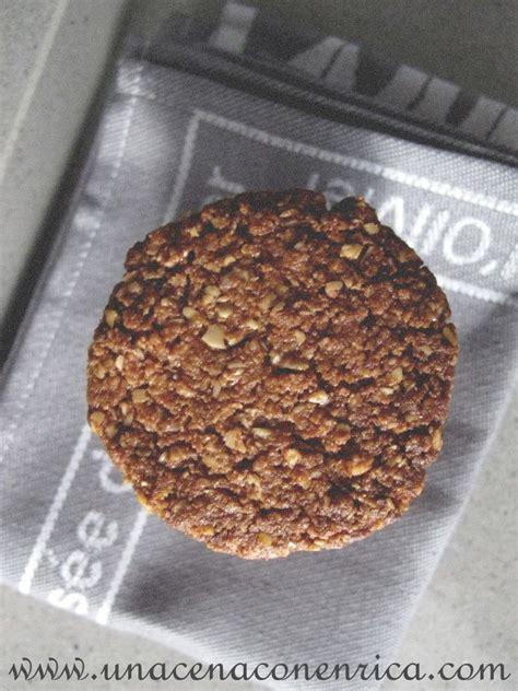 Biscotti vegani con fiocchi d'avena e cacao amaro | Una ...