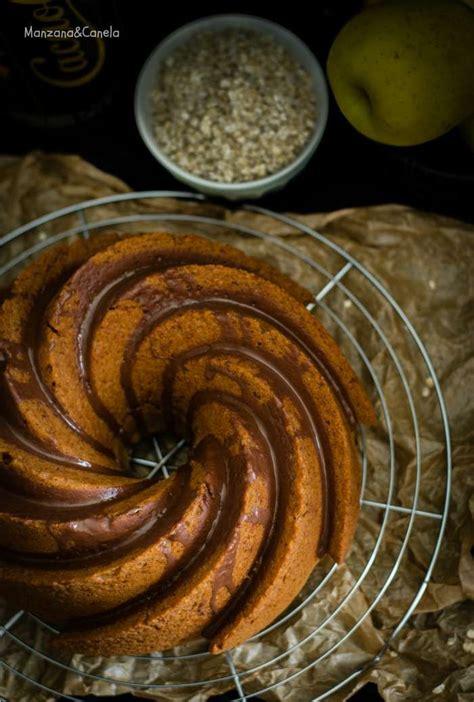 Bizcocho de avena, manzana y batido de chocolate | Batido ...