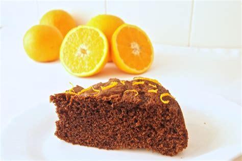 Bizcocho de naranja y chocolate   Recetas de Escándalo