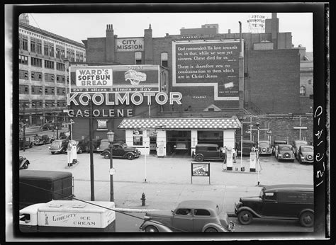 Black & White Photos of Gas Stations in USA, 1930 s   1940 ...