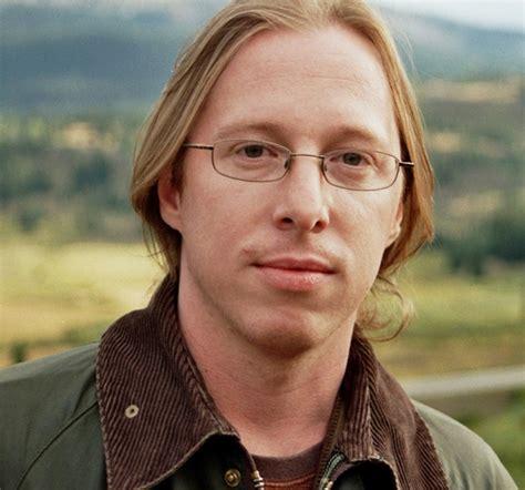 Blake Crouch  auteur de Wayward Pines    Babelio