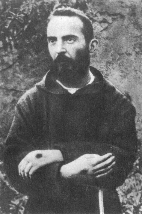 Blogging: La Vida y Milagros del Padre Pio