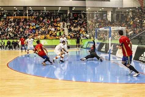 Boadilla vibró con la Selección Española de fútbol sala