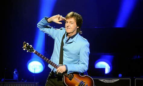 Bob Dylan, Kiss, The Cure y B.B. King homenajean a Paul ...