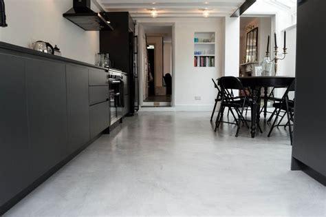 Bodenbelag für Küche   6 Ideen für unterschiedliche ...