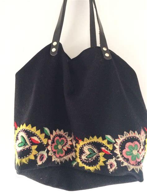 Bolso bordado – MusaranyaShop Tienda de Ropa y Complementos