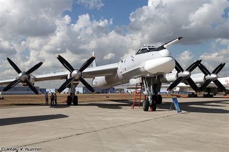 Bomber aircrafts Tupolev: TU-95 and TU-160 | To Discover ...