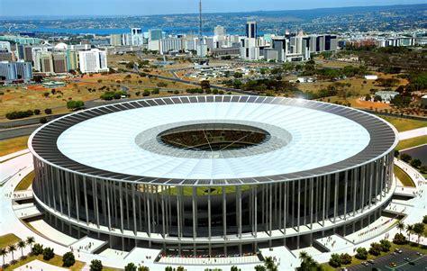 Brasil. Primer Estadio de Fútbol recien en 200 Dias - Taringa!