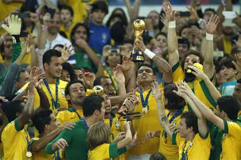 Brazil beat Spain 3-0 to win Confederations Cup - IBNLive