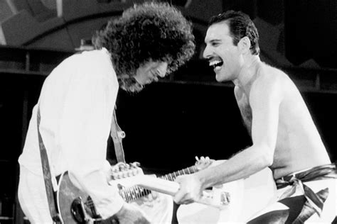 Brian May admits he contemplated suicide after Freddie ...