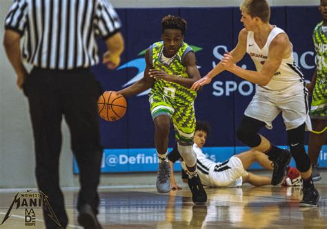 Bronny James Stands Out by Fitting in With Talented Blue ...