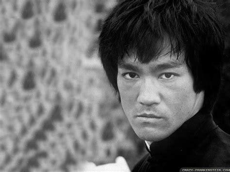 Bruce Lee   Bruce Lee Wallpaper  27110545    Fanpop