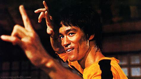 Bruce lee fighting still photos   SUPERHDFX