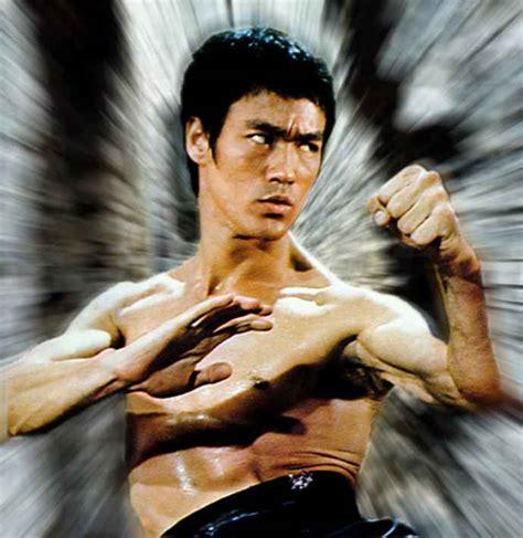 Bruce Lee in action   Bruce Lee Photo  32990319    Fanpop