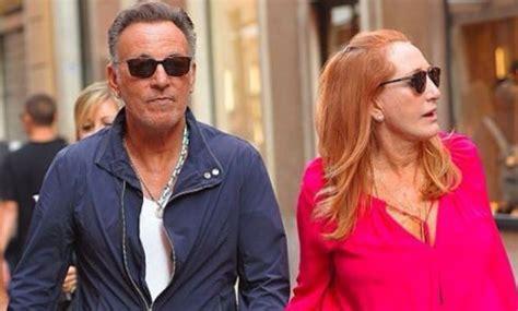 Bruce Springsteen es hombre de dos mujeres... ¿Y alguna ...