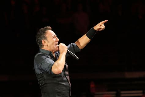 Bruce Springsteen y la farándula de EEUU boicotean a los ...
