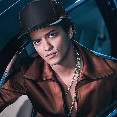 Bruno Mars Pictures | MetroLyrics