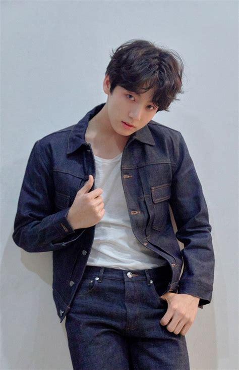 BTS (Bangtan Boys) Members Profile (Updated!)