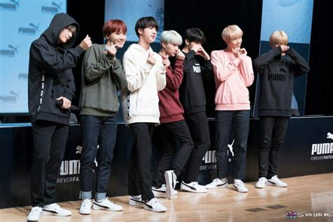 BTS IN  PUMA  FANSIGN 171019   ARMY s Amino
