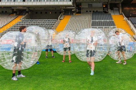 Bubble football Madrid   match privé avec terrain ...