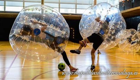 Bubble Fútbol para despedidas en Málaga