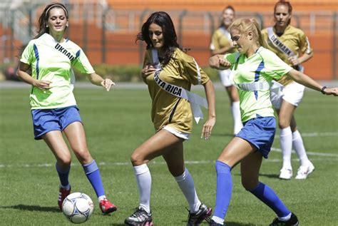buscando chicas para jugar a fútbol 11   Amigos Barcelona