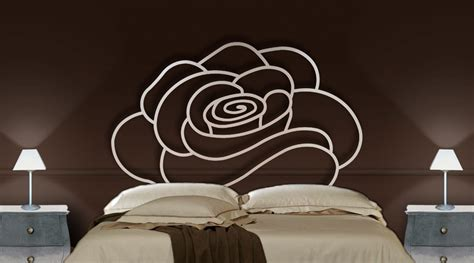 Cabecero de cama tipo Mural FLOR. Forja Beltran