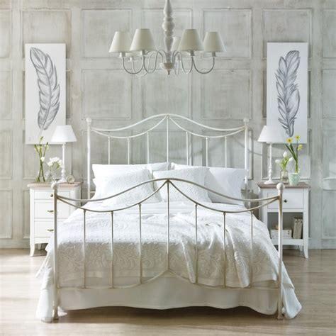 Cabeceros de forja: las camas más vintage   unacasabonita