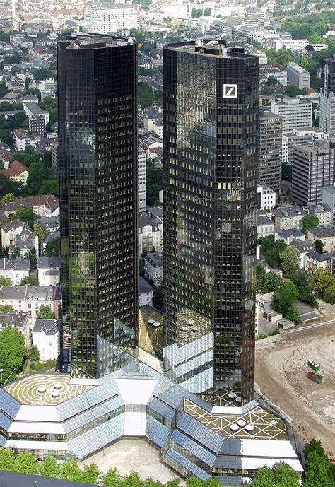 Caída de Deutsche Bank arrastra los valores bancarios europeos