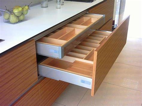 Cajones y sistemas extraíbles que hacen más cómoda la ...