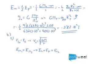 Cálculo energía mecánica de un satélite - YouTube