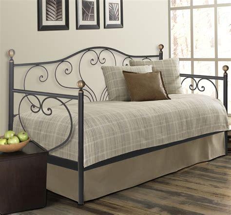 Camas diván de forja SANDRA. Ofertas Dormitorios
