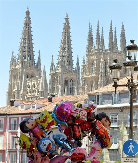 CAMINANDO EN EL DESIERTO: Burgos en fiestas
