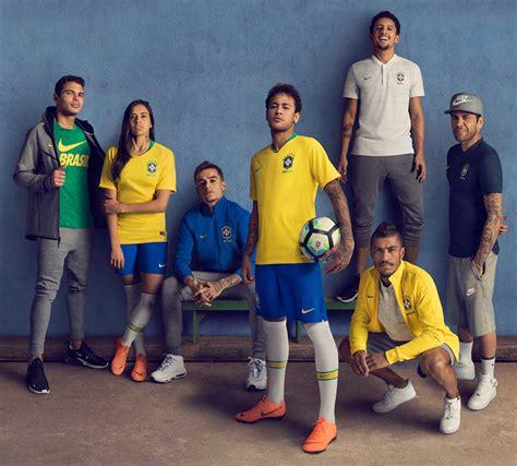 Camisetas Nike de Brasil Mundial 2018 | Planeta Fobal