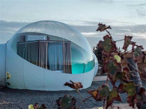 Campera: el único hotel en forma de burbujas transparentes ...