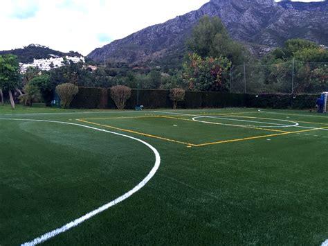 Campo de fútbol 5 en colegio ingles de Marbella - Sportser