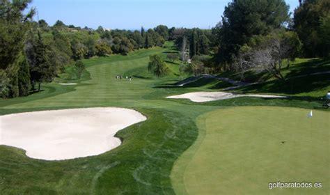 Campo de golf americano vs inglés