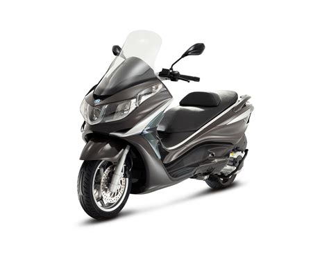 Can you ride a Piaggio X10 350 with an A2 licence?