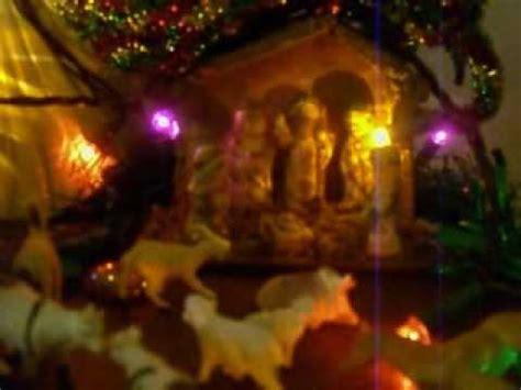 Cantando el Levantamiento del niño Dios. - YouTube