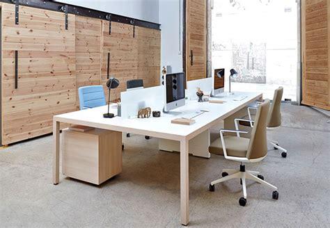 Características ergonómicas para una mesa de oficina ...