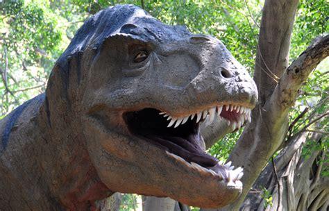 Caras de dinosaurios para imprimir   Imagui