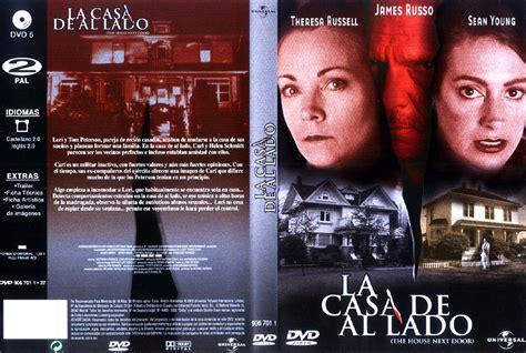 Carátula Caratula de La Casa De Al Lado   CARATULAS.COM,