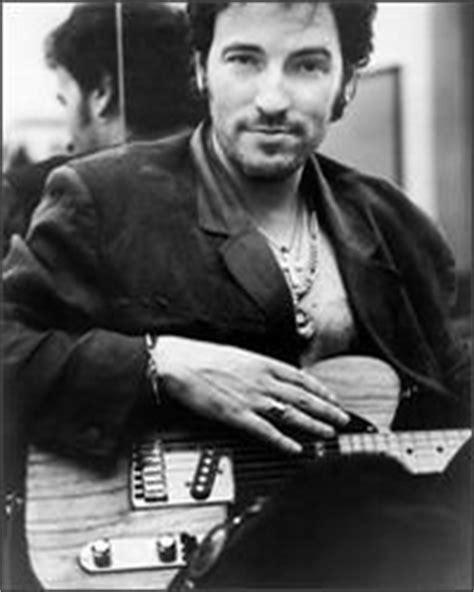 CARBALLINEWS GIRALDEZ: Biografía de Bruce Springsteen