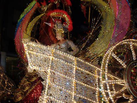 Carnaval de Santa Cruz de Tenerife - comparsas, murgas y ...