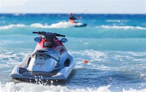 Carnet de moto de agua para poder conducirla -canalMOTOR