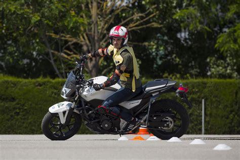 ¿Carnet de Moto o Carnet de Ciclomotor? Todos los pasos ...