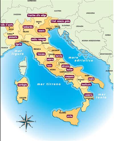CARTINA ITALIA CON REGIONI E CAPOLUOGHI DI REGIONE - Wroc ...